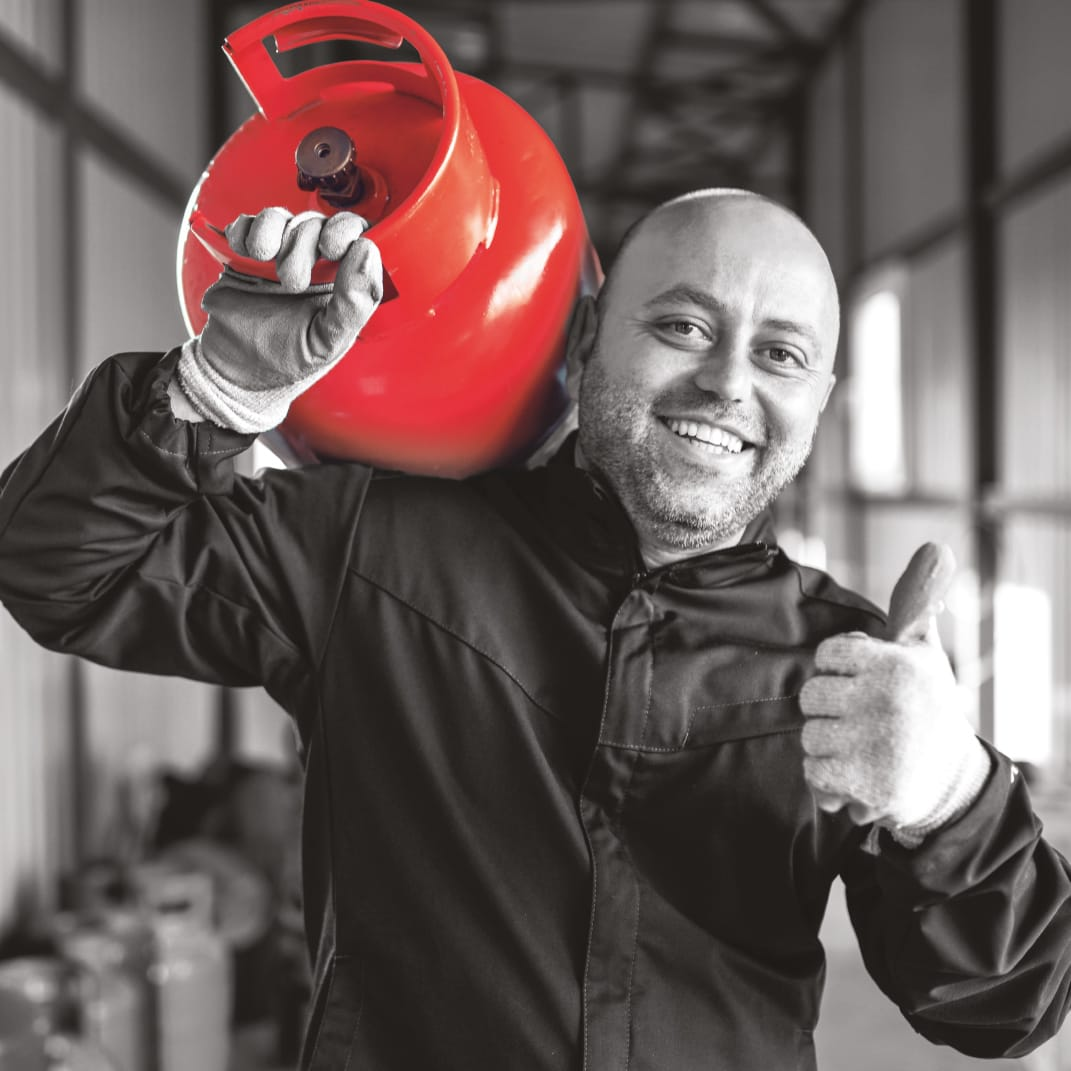 Clesse - happy with gas cylinder